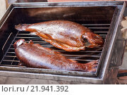 Домашняя копченая рыба. Стоковое фото, фотограф Светлана Булычева / Фотобанк Лори