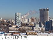 Вид на Москву в сторону центра из окна 8 этажа ИКИ вдоль Профсоюзной улицы. Редакционное фото, фотограф Горбачев Матвей Владимирович / Фотобанк Лори