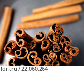 Купить «Cinnamon, warm brown delicious spice. Great for decor and hot drinks», фото № 22060264, снято 22 февраля 2019 г. (c) PantherMedia / Фотобанк Лори