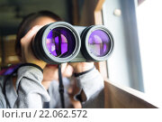 Купить «Woman looking though binoculars for birdwatching», фото № 22062572, снято 20 марта 2019 г. (c) PantherMedia / Фотобанк Лори