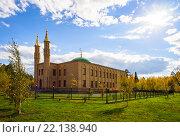 Купить «Мечеть в городе Лангепас», фото № 22138940, снято 10 сентября 2015 г. (c) Алексей Маринченко / Фотобанк Лори