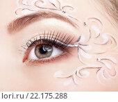 Купить «Female eye with fase art makeup», фото № 22175288, снято 12 февраля 2016 г. (c) Serg Zastavkin / Фотобанк Лори