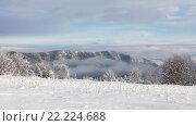 Купить «Зимний пейзаж: горы Кавказа», фото № 22224688, снято 31 декабря 2015 г. (c) Илья Бесхлебный / Фотобанк Лори