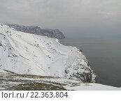 Снежные горы близ моря в Севастополе (2006 год). Стоковое фото, фотограф Фёдор Ромашов / Фотобанк Лори