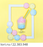 Разноцветная сахарная вата. Стоковое фото, фотограф Козлова Анастасия / Фотобанк Лори