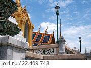 Купить «Таиланд. Бангкок. Королевский дворец.», фото № 22409748, снято 11 августа 2015 г. (c) Евгений Тиняков / Фотобанк Лори