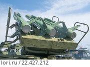 Купить «Советский зенитно-ракетный комплекс войсковой ПВО Куб-М1 ( 2К12М1, по классификации НАТО SA-6 Gainfu), в Тульском Музее Оружия, поднятые ракеты», фото № 22427212, снято 4 июня 2015 г. (c) Малышев Андрей / Фотобанк Лори