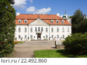 Купить «Дворец в усадьбе Неборов в Польше», фото № 22492860, снято 4 сентября 2010 г. (c) Солодовникова Елена / Фотобанк Лори