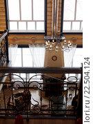 Вид на гостиную дома со второго этажа. Стоковое фото, фотограф Tanya Ischenko / Фотобанк Лори