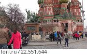 Купить «Москва, Красная площадь, вид на памятник Минину и Пожарскому», эксклюзивный видеоролик № 22551644, снято 11 апреля 2016 г. (c) Alexei Tavix / Фотобанк Лори