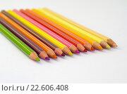 Купить «Цветные карандаши на белом ватмане», фото № 22606408, снято 17 апреля 2016 г. (c) Елена Коромыслова / Фотобанк Лори