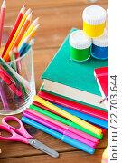 Купить «close up of stationery or school supplies on table», фото № 22703644, снято 17 марта 2016 г. (c) Syda Productions / Фотобанк Лори