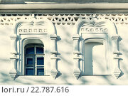 Купить «Старые окна в колокольне собора Святой Софии в Великом Новгороде, Россия», фото № 22787616, снято 16 апреля 2016 г. (c) Зезелина Марина / Фотобанк Лори