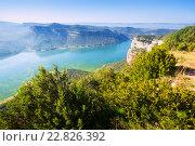 Купить «landscape with lake. Catalonia», фото № 22826392, снято 19 сентября 2018 г. (c) Яков Филимонов / Фотобанк Лори