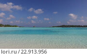 Купить «blue sea lagoon on maldives beach», видеоролик № 22913956, снято 12 февраля 2016 г. (c) Syda Productions / Фотобанк Лори