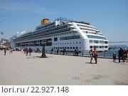 """Купить «Межокеанский  круизный лайнер """"Costa Victoria"""" в городе Владивосток», эксклюзивное фото № 22927148, снято 17 мая 2016 г. (c) syngach / Фотобанк Лори"""