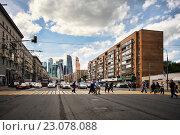 Купить «Московская улица», фото № 23078088, снято 10 июня 2016 г. (c) Морозова Татьяна / Фотобанк Лори