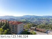 Купить «Сан Марино и Апеннинские горы. Вид на гору Монте-Титано», фото № 23146324, снято 6 ноября 2013 г. (c) Евгений Ткачёв / Фотобанк Лори