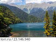 Озеро Рица в Абхазии. Стоковое фото, фотограф Сергей Гусев / Фотобанк Лори