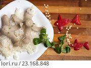 Детский обед, рис с сосисками. Стоковое фото, фотограф Дарья Филимонова / Фотобанк Лори