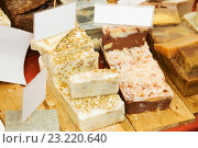 Купить «Assortment of personal care natural fragrant soaps for sale», фото № 23220640, снято 23 февраля 2019 г. (c) Яков Филимонов / Фотобанк Лори