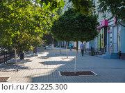 Купить «Утро на Большой Садовой», фото № 23225300, снято 3 июля 2016 г. (c) Борис Панасюк / Фотобанк Лори