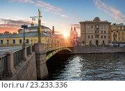 Купить «Пантелеймоновский мост и Фонтанка», фото № 23233336, снято 13 июня 2015 г. (c) Baturina Yuliya / Фотобанк Лори