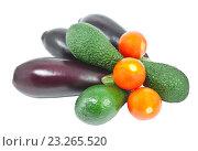 Купить «Овощи на белом фоне изолировано», фото № 23265520, снято 18 марта 2012 г. (c) Наталья Волкова / Фотобанк Лори