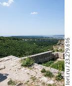 Купить «Пещерный город Чуфут-Кале», фото № 23279616, снято 17 июля 2015 г. (c) Светлана Овчинникова / Фотобанк Лори