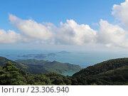 Прекрасный вид на Южно-Китайское море. Лантау. Гонконг. Стоковое фото, фотограф MARINA EVDOKIMOVA / Фотобанк Лори