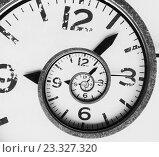 Купить «Старинные бесконечные часы. Концепции времени», фото № 23327320, снято 29 июля 2016 г. (c) Александр Лычагин / Фотобанк Лори