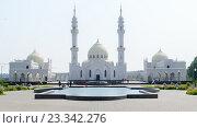 Купить «Белая мечеть. Болгар, Республика Татарстан», фото № 23342276, снято 26 июля 2016 г. (c) Рамиль Гибадуллин / Фотобанк Лори