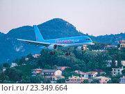 Купить «Самолет Boeing 767 компании Thomson в аэропорту Корфу. Греция», фото № 23349664, снято 1 июля 2011 г. (c) Ростислав Агеев / Фотобанк Лори