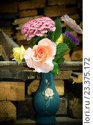 Букет садовых цветов. Стоковое фото, фотограф Дарья Арифуллина / Фотобанк Лори