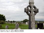 Купить «old grave cross on celtic cemetery in ireland», фото № 23403000, снято 24 июня 2016 г. (c) Syda Productions / Фотобанк Лори