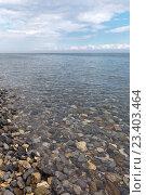Купить «Байкал. Вода в озере настолько прозрачна, что отдельные камни видны на глубине до 40 метров», фото № 23403464, снято 14 августа 2016 г. (c) Виктория Катьянова / Фотобанк Лори