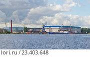Купить «Невский судостроительно-судоремонтный завод», фото № 23403648, снято 11 августа 2016 г. (c) Алина Сбитнева / Фотобанк Лори