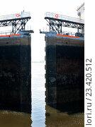 Купить «Шлюз на Волгоградском гидроузле», фото № 23420512, снято 27 июня 2016 г. (c) Татьяна Кахилл / Фотобанк Лори