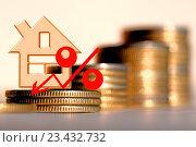 Купить «Красный значок процента на фоне денег», фото № 23432732, снято 13 февраля 2016 г. (c) Сергеев Валерий / Фотобанк Лори