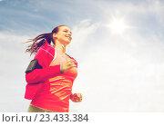 Купить «smiling young woman running outdoors», фото № 23433384, снято 3 июля 2014 г. (c) Syda Productions / Фотобанк Лори