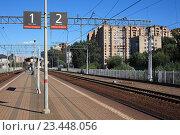 Купить «На станции Павшино», эксклюзивное фото № 23448056, снято 28 августа 2016 г. (c) Игорь Веснинов / Фотобанк Лори