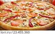 Овощная пицца. Стоковое фото, фотограф Павел / Фотобанк Лори
