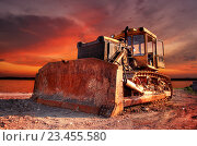 Купить «Трактор. Бульдозер. Стройка», фото № 23455580, снято 7 апреля 2020 г. (c) Дмитрий Третьяков / Фотобанк Лори