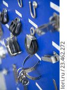 Купить «New cordage assortment on stand close up», фото № 23462272, снято 19 августа 2018 г. (c) Яков Филимонов / Фотобанк Лори