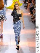 Купить «MILAN, ITALY - SEPTEMBER 26: A model walks the runway during the Roberto Cavalli fashion show as part of Milan Fashion Week Spring/Summer 2016 on September 26, 2015 in Milan, Italy.», фото № 23475184, снято 26 сентября 2015 г. (c) Anton Oparin / Фотобанк Лори