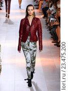 Купить «MILAN, ITALY - SEPTEMBER 26: A model walks the runway during the Roberto Cavalli fashion show as part of Milan Fashion Week Spring/Summer 2016 on September 26, 2015 in Milan, Italy.», фото № 23475200, снято 26 сентября 2015 г. (c) Anton Oparin / Фотобанк Лори