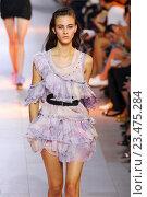 Купить «MILAN, ITALY - SEPTEMBER 26: A model walks the runway during the Roberto Cavalli fashion show as part of Milan Fashion Week Spring/Summer 2016 on September 26, 2015 in Milan, Italy.», фото № 23475284, снято 26 сентября 2015 г. (c) Anton Oparin / Фотобанк Лори
