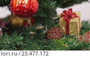 Купить «Украшенная новогодняя елка», видеоролик № 23477172, снято 17 ноября 2015 г. (c) Александр Багно / Фотобанк Лори