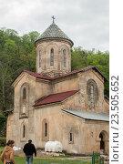 Купить «Гелатский монастырь Богородицы», фото № 23505652, снято 10 апреля 2016 г. (c) Давидич Максим / Фотобанк Лори
