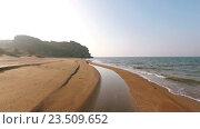 Купить «Aerial View Above Beach Sunny Day Empty Blue Sea Summer. Крым», видеоролик № 23509652, снято 26 марта 2016 г. (c) Анатолий Типляшин / Фотобанк Лори